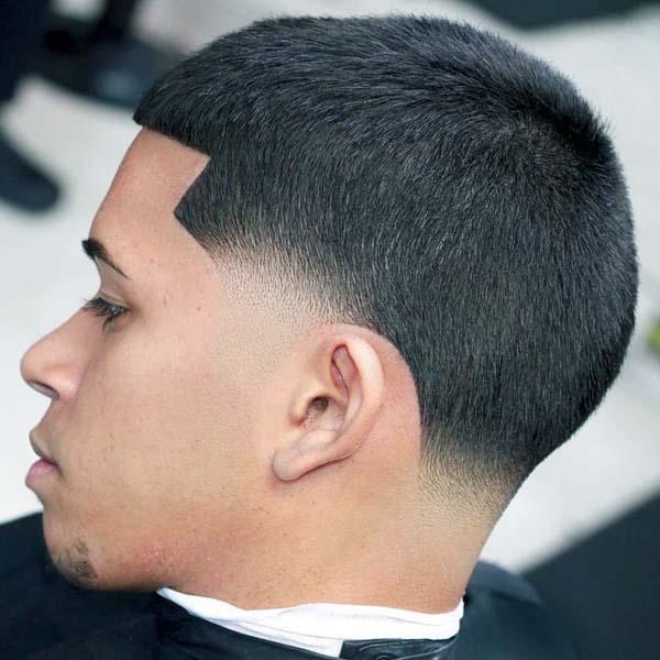 Low Skin Taper Haircut for Men