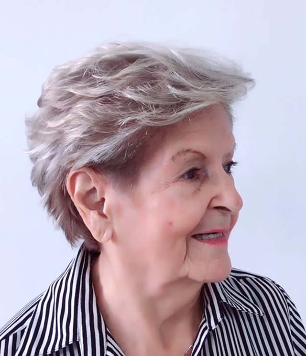 Modern Short Hairstyles for Women over 50 with Round Faces
