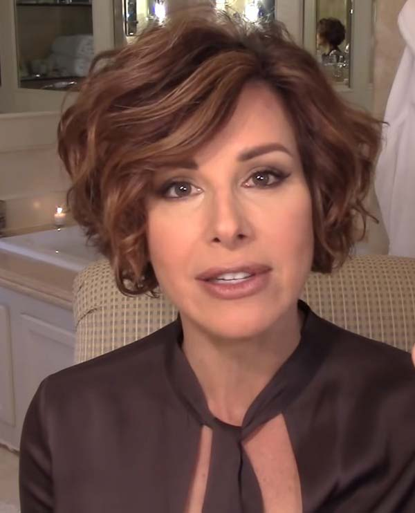 Short Layered Curly Hairstyles