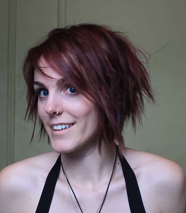Short Messy Hairstyles for Small Faces