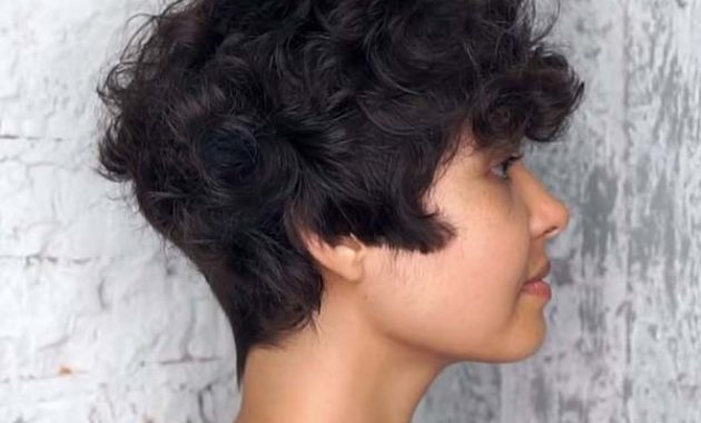 Simple Short Hairstyles for Thick Curly Hair